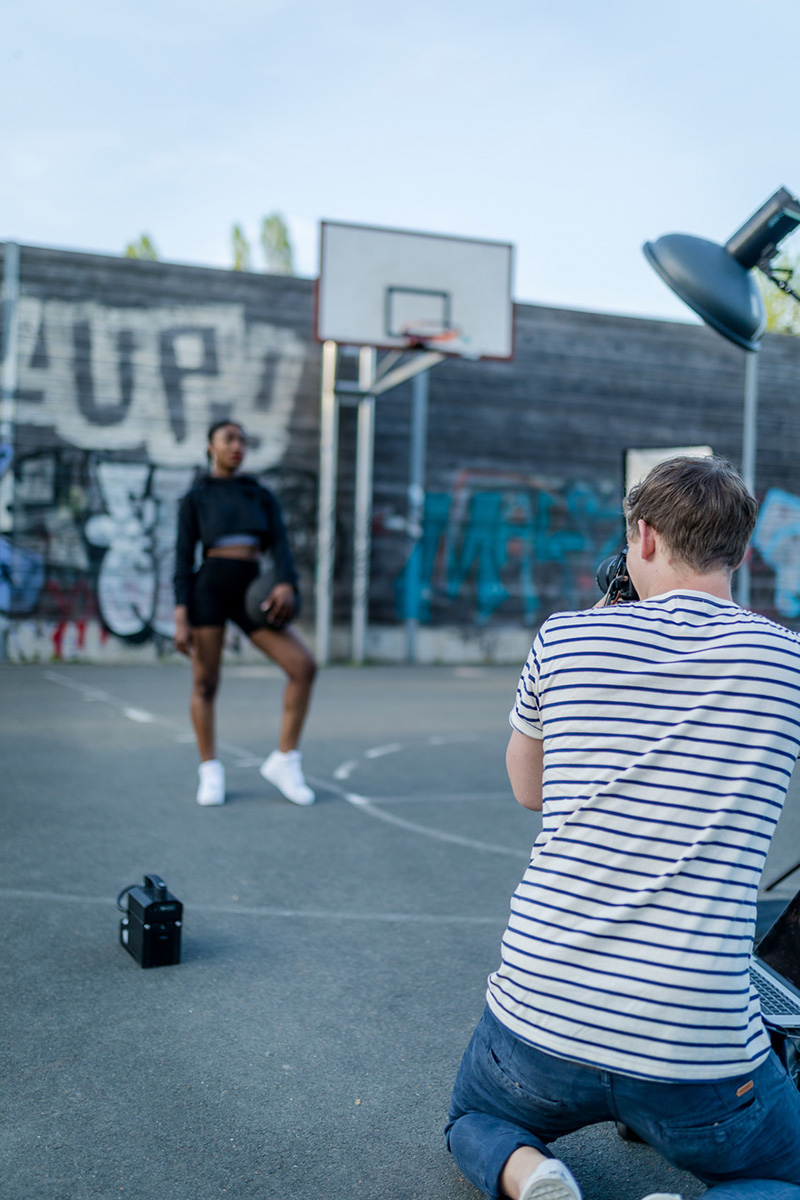Street; Urban; Reportage; Fotograf; Model; Basketball; Shooting; Making of; On-Set