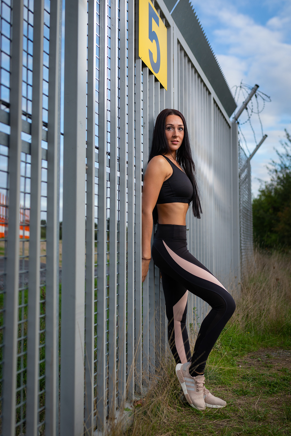 Model; Shooting; Fashion; Outdoor; Fitness